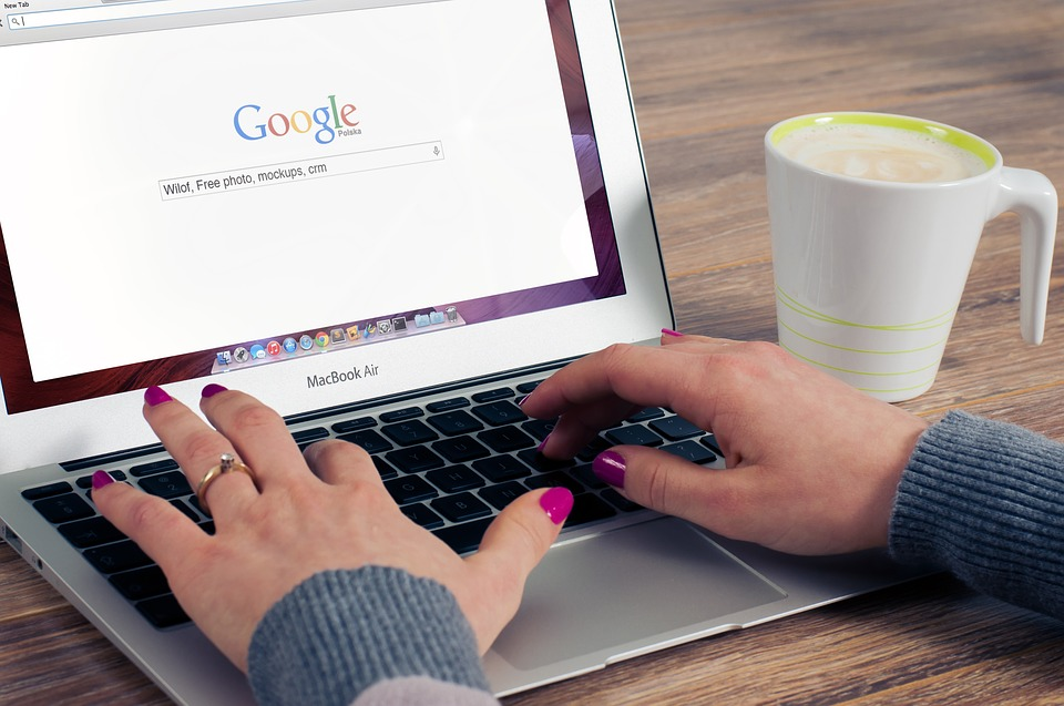 כלי שימושי חינמי לבניית מוניטין google site
